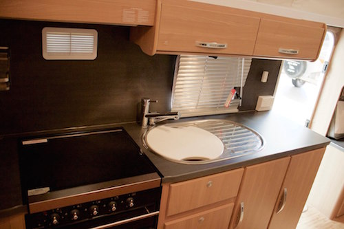 Perfect 2010 Jayco Expanda Caravan With Shower And Toilet For Sale In BRAY