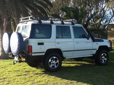 4WD Landcruiser for Rent
