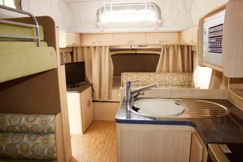 Luxury  Amp Rockingham WA  2Berth Delux Motorhome Rental Western Australia